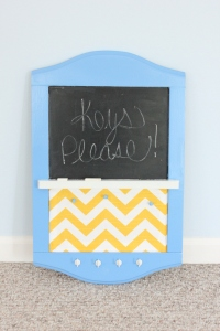 Keyhold Message Board with Chalk paint